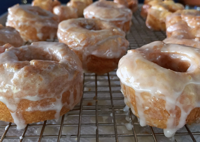 Hot Glazed Bonuts