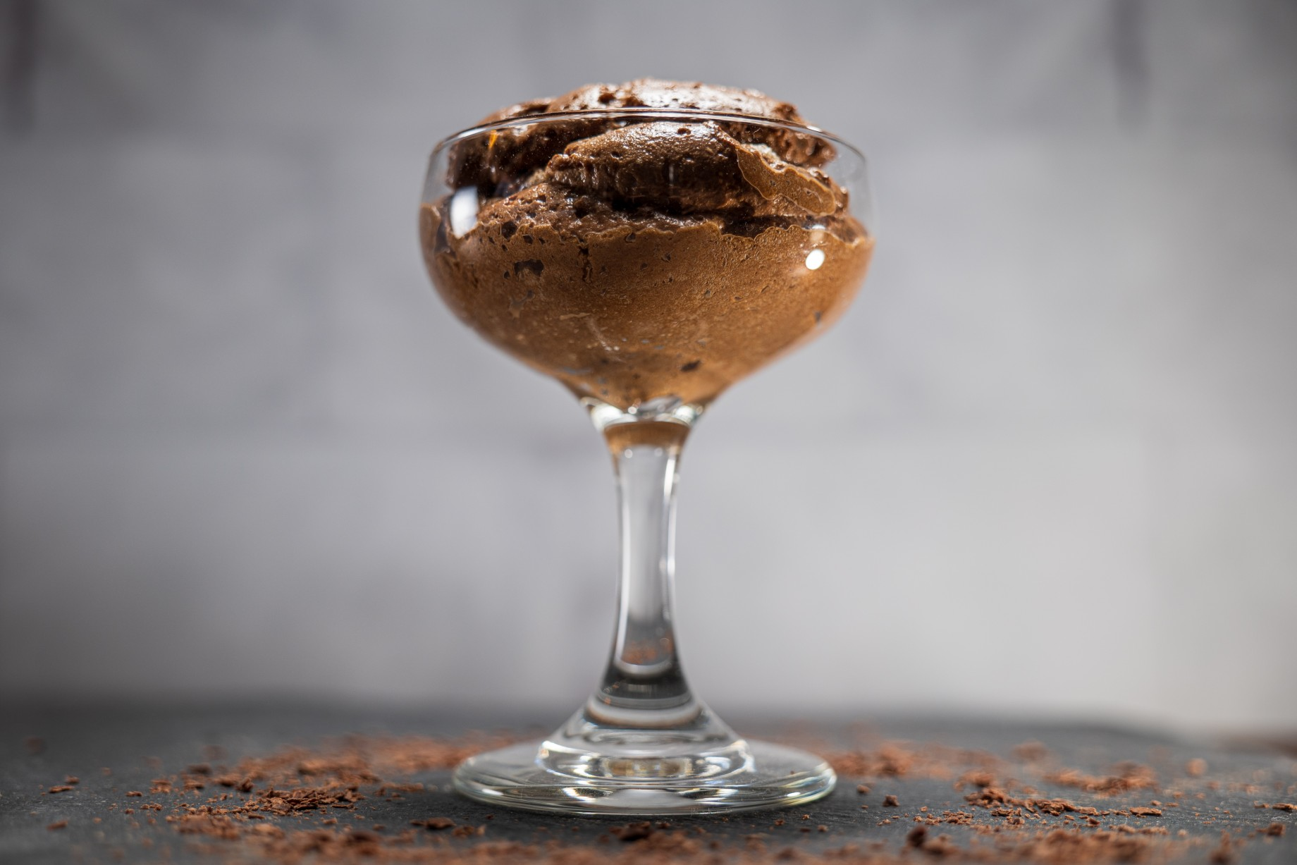 2 note mousse in a coupe glass.